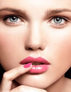 Beauty Moves That Might Be Hurting You - What Not To Do With Your Makeup - Cosmopolitan