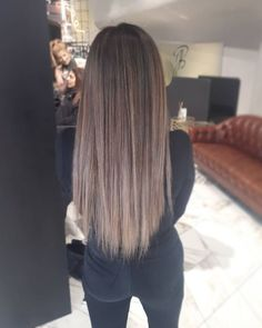 Balayage hair Buying Baby Clothes At A Discount Article Body: Dressing your little darling doesn't h Balayage Ombré, Brown Hair Balayage, Brown Hair With Highlights, Hair Color Balayage, Brown Hair Colors, Brown Blonde Hair, Light Brown Hair, Dark Hair, Thick Hair