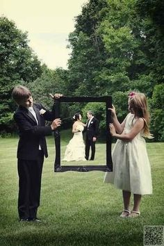 4. #Frame It up! - 44 Amazing Wedding #Photography Ideas to Copy ... → Wedding #Wedding