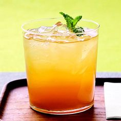 This simple fruit-infused tea is a great warm-weather drink! Find more refreshing drinks: http://www.bhg.com/recipes/drinks/seasonal/summer-beverage-recipes/?socsrc=bhgpin041212mintedicedtea#page=21