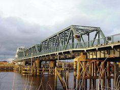 Boothferry Bridge was built between 1926 and 1929