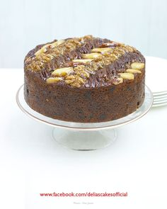 Last-minute Christmas Mincemeat Cake , Last-minute Mincemeat Christmas Cake - Great if you& running a little behind schedule! Mincemeat Cake Recipe, Delia Smith, Christmas Cooking, Christmas Planning, Christmas Entertaining, Mince Meat, English Food, Yummy Treats, Sweet Treats
