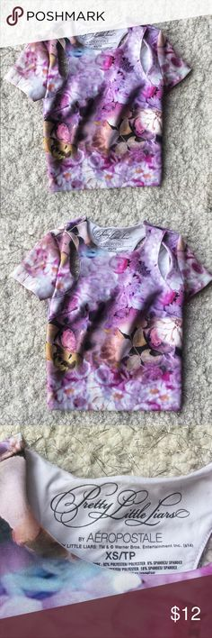 Pretty Little Liars Cut Out Floral Crop Top Ca size - form fitting - crop top - picture esq floral pattern - Aeropostale Tops Crop Tops