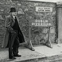 Flann O'Brien. Master of the Universe!