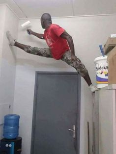 Extremely Funny Pictures Of The Day For You Faint Laughing Pics) - Awed! Funny Fails, Funny Jokes, Hilarious, Safety Fail, Darwin Awards, Workplace Safety, Safety First, Twisted Humor, Work Humor