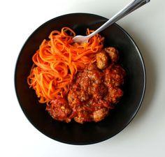 Marchewkowe spaghetti z klopsikami - Kuchenny Majstersztyk