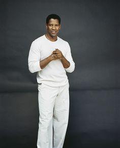 Gorgeous Black Men, Handsome Black Men, Most Beautiful Man, Black Man, Denzel Washington, Celebrity Style Casual, Native American Images, Michael Ealy, Black Actors