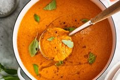 Best-Ever Tomato-Basil Soup (Made with Fresh Tomatoes! Dairy Free Tomato Soup, Fresh Tomato Soup, Tomato Basil Soup, Crash Hot Potatoes, Apple Crisp Easy, Pumpkin Pasta, Roast Chicken Recipes, Make Ahead Lunches, Grilled Pizza