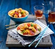 This Sweet and Sour Chicken and Mushroom recipe will soon become a family favourite Ingredients can pineapple pieces in natural juice cornflour tomato sauce soy sauce … Healthy Family Meals, Healthy Snacks, Sweet Sour Chicken, Canned Pineapple, Asian Recipes, Ethnic Recipes, Mushroom Recipes, Delicious Desserts, Chicken Recipes
