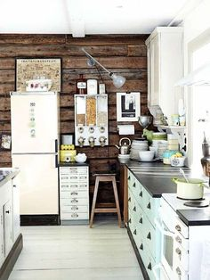 A lovely Finnish kitchen with vintage finds
