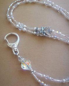 Diamond Earrings With Style! Cute Jewelry, Boho Jewelry, Beaded Jewelry, Jewelry Accessories, Unique Jewelry, Jewellery, Jewelry Ideas, Diamond Studs, Diamond Shapes