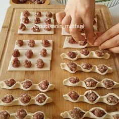 56 Gorgeous from Each Other of Homemade Pastries, Easy Food Decorations - Delicious Food Kids Donut Recipes, Cooking Recipes, Kids Meals, Easy Meals, Sausage Bread, Homemade Pastries, Snacks Für Party, Turkish Recipes, Food Art