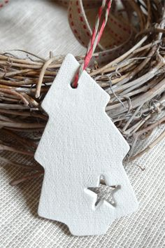 Christmas Tree Gift Tags, Christmas gift tags for 2013 Christmas, Simple Christmas Tree Clay Tags