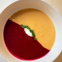 Duo de veloutés de carotte et de betterave Plats Quinoa, Vegan Recepies, Souped Up, Paleo, Food Styling, Food Inspiration, Entrees, Curry, Food And Drink