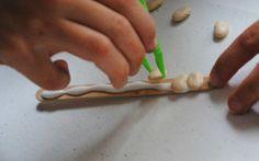 Mommy Maestra: Math Manipulative: Bean Counters {TUTORIAL}