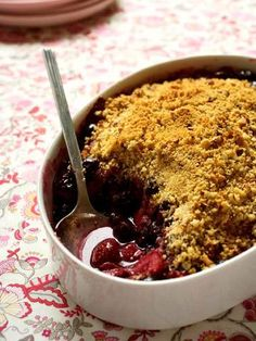 Strawberry-Blueberry Cookie Crisp