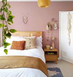 Dusty Pink Bedroom, Pink Bedroom Walls, Pink Bedroom Decor, Teal Walls, Bedroom Wall Colors, Pink Bedrooms, Pink Room, Accent Wall Colors, Pink Accent Walls