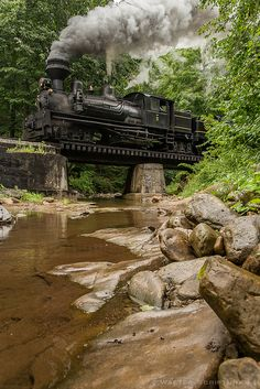 Crossing Leatherbark Creek, West Virginia- what an awesome train (: