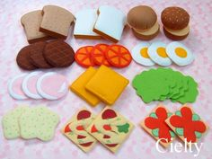 Felt Sandwich and Burger Food Crafts, Baby Crafts, Diy For Kids, Crafts For Kids, Felt Play Food, Felt Books, Food Patterns, Fake Food, Felt Fabric