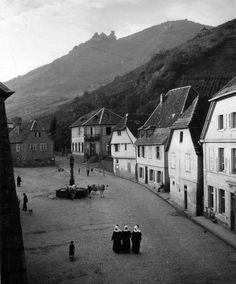 DOISNEAU Robert, Ribeauvillé, photographie, 1945