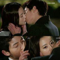 "Dorama : Nice Guy / The Innocent Man ❤ ""Eun Gi Voltou"" ""Eun Gi está mentindo. Isso significa que ela não acredita em mim. Isso significa que ela está com raiva de mim. Isso significa que ela não pode me perdoar."" - Kang Ma Ru  #NiceGuy #TheInnocentMan #SongJoongKi #MoonChaeWon #KangMaRoo #SeoEunGi #dorama #kdrama #Couple #KangMaRu #ChaeKiCouple"
