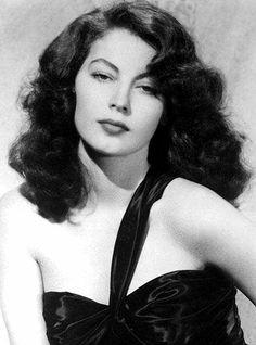 ava gardner. my god, what a beauty!! and I'm loving her hair here.