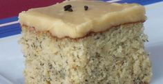 Gâteau aux bananes, glacé au sucre à la crème... C'est vachement cochon! No Cook Desserts, Cookie Desserts, Delicious Desserts, Sauce Au Caramel, Delish Cakes, Cake Recipes, Dessert Recipes, Dessert Ideas, The Joy Of Baking