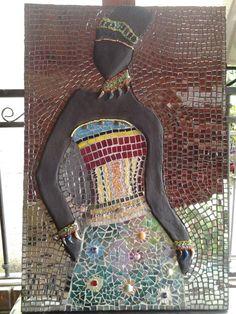 La Negra. Diseño, Cristina Arias. Tecnica: Mosaico en vidrio.