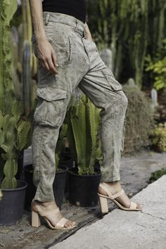 Mason's woman Cargo pants model Asia Snake Tencel flower print - Masons