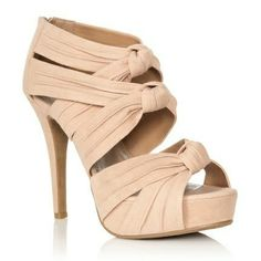 Love these heels. They would be perfect for the summer time