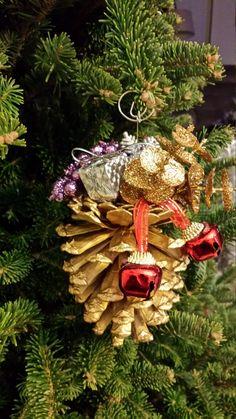 Handmade Pine Cone Christmas Ornament by SeaShellsByCarrie on Etsy