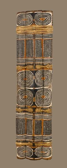 This is a great piece of ethnographic art, I would like more information about it Shield, Papua New Guinea Kunst Der Aborigines, Ethnic Patterns, Japanese Patterns, Floral Patterns, Textile Patterns, African Patterns, Afrique Art, Art Tribal, African Textiles