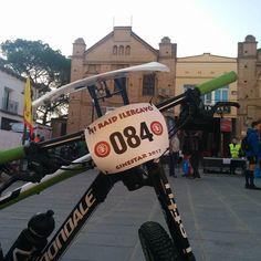Apunt de començarel 3r Raid Ilercavó organitzat per @lacameta a Ginestar (Ribera d'Ebre) 14aCopa Catalana de Raids dEsports de Muntanya de la @feec_cat  #RaidIlercavó #Ginestar #RiberadEbre #TerresdelEbre #RaidEsportsMuntanya #RaidAventura  #caiac #trail #cursaorientacio #btt #rapel #espeleologia #espeleo  #vidaactiva #esportur #esportour #EsporTourEbre #ebreactiu