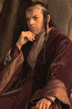 Hugo Weaving (as Lord Elrond) in Lord of the Rings: The Fellowship of the Ring