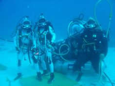 NEEMO. NASA Prepares for Future Space Exploration with International Undersea Crew. Для только хороших погружений!)