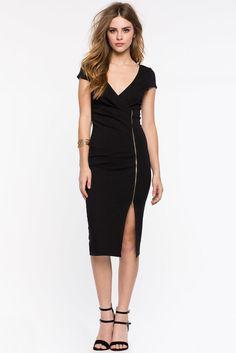 Платье-футляр Размеры: S, M, L Цвет: черный, оливковый Цена: 2373 руб.   #одежда #женщинам #платья #коопт
