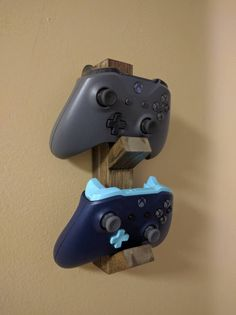 Made to order Wooden Controller Stand. Can hold Xbox 360, Xbox One, Playstation 3 and Playstaion 4 controllers. Best Fit is Xbox controllers, but It will work with almost all controllers.