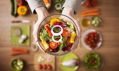 So what exactly is a raw food diet? A raw food diet is a diet where you only eat raw food, for the purposes of getting healthier and som. Best Diet Books, Menu Vegan, Healthy Fats, Healthy Eating, Healthy Weight, Healthy Mind, 30 Day Diet, Dieet Plan, Why Vegan