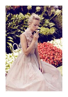Queenly Nomad Editorials - The Grazia UK June 2012 Photoshoot Stars a Regal Marcelina Sowa (GALLERY)