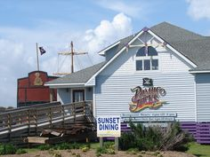 Pamlico Jack's Restaurant - Nags Head, NC. Waterfront views, Soundside outdoor dining, Island and coastal inspired cuisines.
