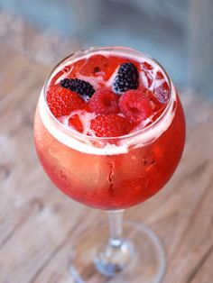 A festive berry punch idea for your Christmas party from our sister site @Carolyn Rafaelian Booker Magazine. #holidays #cocktails