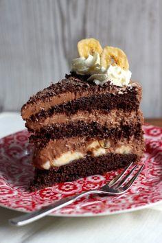 Chocolate cake with Schoko-Torte mit Banane Chocolate cake with banana - Baking Recipes, Torte Au Chocolat, No Bake Desserts, Dessert Recipes, Torte Recipe, Banana Dessert, Best Banana Bread, Cakes And More, Recipes