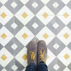 Amazing pic by @thislittlestreet keep tagging #ihavethisthingwithtiles