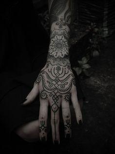 Hannah Snowdon. I like her hand tattoos.