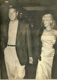 Marilyn Monroe and Joe Dimaggio at Coconut Grove Marylin Monroe, Marilyn Monroe Photos, Classic Hollywood, Old Hollywood, Joe Dimaggio, Norma Jeane, Rare Photos, Timeless Beauty, Most Beautiful Women