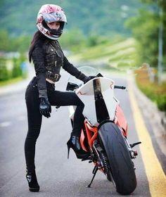 Heels and Wheels Motorbike Girl, Motorcycle Bike, Lady Biker, Biker Girl, Bike Photoshoot, Chicks On Bikes, Cafe Racer Girl, Bike Photography, Ducati Monster