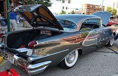 https://flic.kr/p/nFf4B1 | 1956 Oldsmobile 98 Holiday