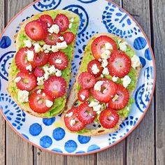 strawberry and avocado toastie! I love this combination and often have it as a snack on rice crackers. The fetta and black pepper bring it to life. Avocado Toast, Crackers, Strawberry, Rice, Sugar, Stuffed Peppers, Snacks, Breakfast, Food