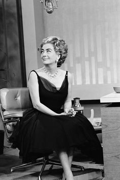Joan Crawford on Johnny Carson's The Tonight Show in her LBD, 1962: