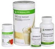 Das Herbalife Basis-Programm Wellness für eine gesunde Ernährung besteht aus Herbalife Formula 1 Protein-Shake, Multivitamin-Komplex, Ballaststoffe aus Haferspelzen und dem Instant-Getränk mit Tee. Direktlink: http://www.herbal-mondo.ch/herbalife-ernaehrung/basisprodukte/herbalife-basisprogramm-wellness/